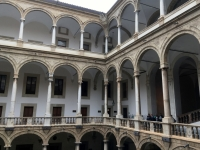 2019 05 29 Palermo Königlicher Palast Innenhof