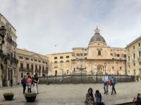 2019 05 29 Palermo Rathausplatz