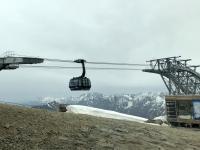 Bergstation mit ankommender Gondel