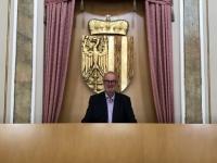 Landtagssaal Platz von Präsident Sigl