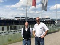 2019 07 17 Warten auf das Schiff in Linz mit KF_Dir Christian