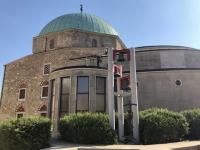 2019 07 20 Pecs Glocken ausserhalb Moschee