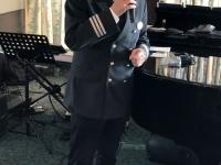 Kreuzfahrtdirektor Christian bei der Begrüssung