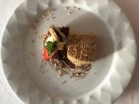 Dessert Gefüllte Macarons mit Karamellparfait