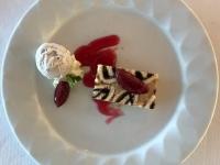Dessert Pflaumen und Armagnac Charlotte