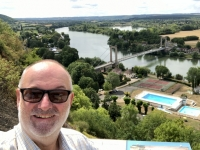 2019 08 01 Petit Les Andelys Blick vom Chateau Gaillard auf Brücke