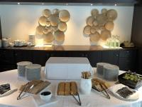 MS Amadeus Diamond Restaurant mit Käseecke