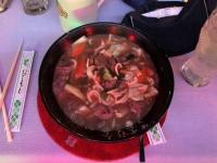 Perfekte Nudelsuppe als Abendessen im China Restaurant