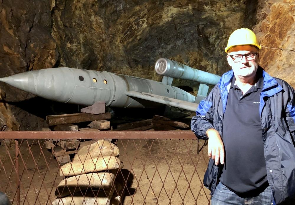 2019 08 20 Walim Riese Stollenbauten der Nazis Flugzeugmuster