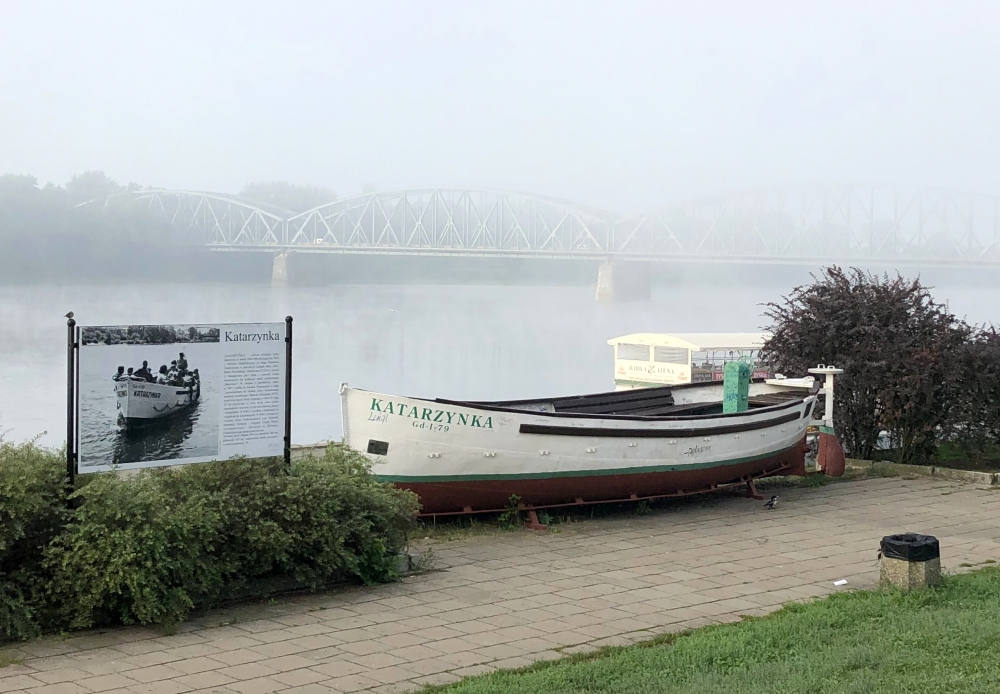 2019 08 22 Torun Brücke im Morgennebel