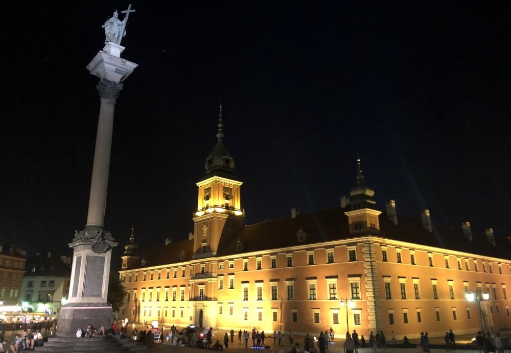 2019 08 26 Warschau Königsschloss in der Nacht