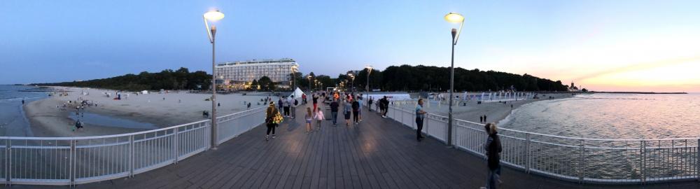 2019 08 22 Kolberg Panoramafoto auf Pier