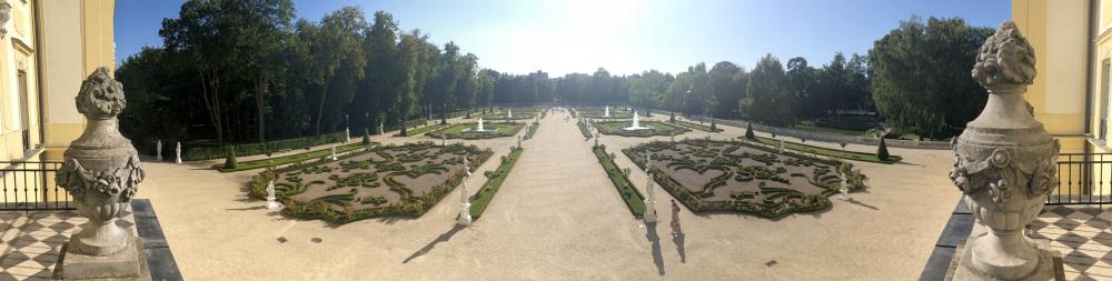 2019 08 25 Bialystok symetrischer Garten des Branicki Palastes