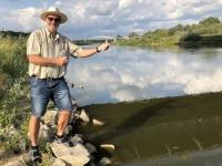 2019 08 21 Posen Wasserentnahme Fluss Warthe