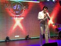 2019 08 27 Warschau Hard Rock Cafe mit Elvisbewerb