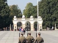 2019 08 27 Warschau Wachablöse beim Grabmahl