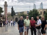 2019 09 09 Baku vor dem Palast Schirwanschahs