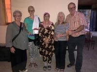 2019 09 29 Samarkand Geschenkübergabe an Gattin von RL