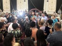 2019 09 29 Samarkand Hochzeitsfeier in der Nachbarschaft