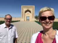 2019 09 30 Fahrt nach Buchara Eingangstor der Karawansarei Rabat e Malik