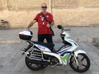 2019 10 01 Buchara Ensemble Poi Kalon Polizeimotorrad