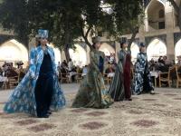 2019 10 01 Buchara Folkloreabend mit Modeschau