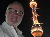 2019 10 03 Taschkent Fernsehturm bei Nacht