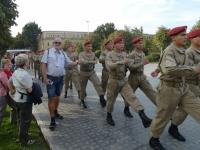 2019 10 03 Taschkent Vorbeimarsch der Angelobten