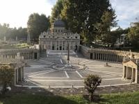 Petersdom mit Petersplatz