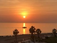 2019 11 10 Sonnenuntergang vom Hotelzimmer aus