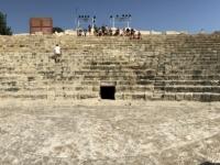 2019 11 10 Kourion röm Theater mit 2 x Stutz