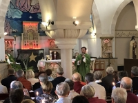 2019 11 26 Bethlehem Pfarrkirche Friedenslichtmesse mit Mag Bugnyar