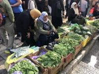 2019 11 27 Gemüsehändlerinnen in der Altstadt