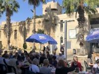 2019 11 28 Akko Mittagessen neben der Kreuzfahrerfestung