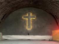 Betonkreuz für Gottesdienste etc