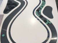 Vergleich des Autobahn zum Zugverkehr hinsichtlich Staus