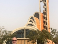 2020 02 12 größte Kirche Westafrikas 2 Jahre alt