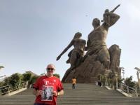 2020 02 14 Dakar Denkmal der afrikanischen Wiedergeburt FC Bayern