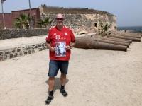 2020 02 14 Insel Goree Festung Estre mit Kanonen FC Bayern München