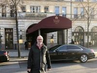 2020 03 04 vor dem Hotel Adlon