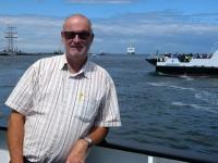 2020 07 12 Warnemünde Fähre im Hafen