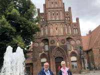 2020 07 17 Brandenburg Altstädter Rathaus mit Roland Statue