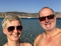 2020 09 08 Amopi erstes Baden am Strand von Perama