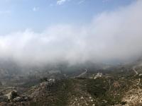 2020 09 10 Hochebene Lastos teilweise im Nebel