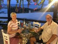 2020 09 13 Taverne Calypso Mahlzeit mit wunderschönem Ausblick