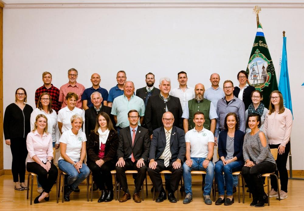2020 09 25 Neuer Turnrat bei JHV Obmannwechsel ab heute Ehrenbobmann