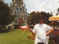 1993 06 22 Amerikatournee des Spielmannszuges vor dem Märchenschloss in Disneyworld Orlando