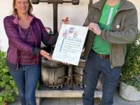 Ehrenmitgliedsurkunde für Petra Lindinger