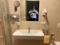 Stadthotel grosses Bad und WC