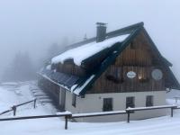 Ennser Hütte im Nebel und leichten Schneefall